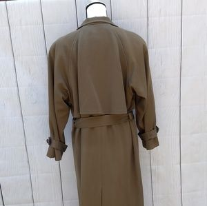 Anne Klein Jackets & Coats - Sale 🎉Vintage Anne Klein army green trench coat